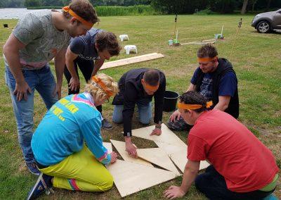 Bedrijfsuitje Expeditie Robinson - Activiteit puzzelopdracht
