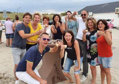 strand-bedrijfsuitje-groep